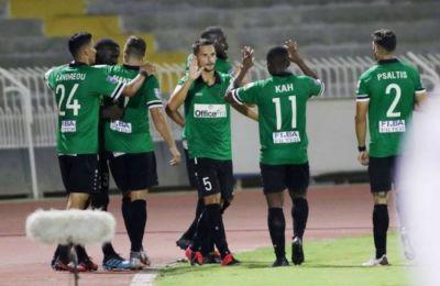 Οι θετικοί στον ιό ποδοσφαιριστές μπαίνουν σε καραντίνα δύο βδομάδων και δεν συμμετέχουν στις αγωνιστικές δραστηριότητες της ομάδας.