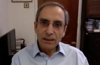 Ο Δρ Γεώργιος Κασσιανός, γεννημένος στην Κύπρο και εργαζόμενος στο NHS από τη δεκαετία του 1970 είναι εδώ και καιρό ο επικεφαλής του προγράμματος εμβολιασμών του Βασιλικού Συλλόγου Γενικών Ιατρών