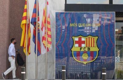 La Vanguardia: Αντιμέτωπη με την πτώχευση η Μπαρτσελόνα