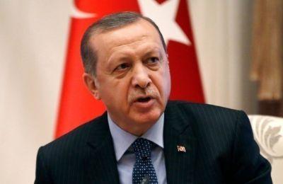 «Η Τουρκία συνεχίζει να διαχειρίζεται τη διαδικασία χωρίς να υποχωρεί και χωρίς να παραιτείται από την ισότητα, τη διπλωματία και τον διάλογο», τόνισε.