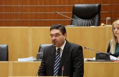 Ο ΥΠΟΙΚ, Κ. Πετρίδης επεσήμανε ότι «δεν προδιαγράφεται τίποτα με την ψήφιση του προϋπολογισμού αλλά σίγουρα με τη μη ψήφιση προδιαγράφεται».