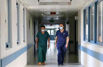 Στο Νοσοκομείο νοσηλεύονται 6 άτομα από Ιδρύματα, ενώ 29 ασθενείς είναι κλινήρεις.