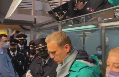 Η Πρόεδρος της Κομισιόν καταδικάζει τη σύλληψη Ναβάλνι και ζητά την άμεση απελευθέρωσή του