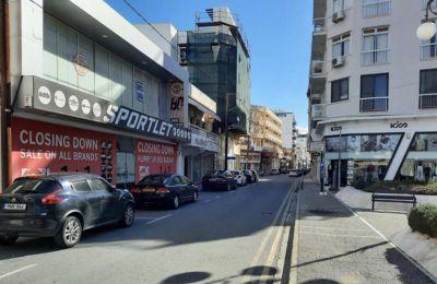 ΠΟΒΕΚ - Καταστράφηκαν οικονομικά πολλοί καταστηματάρχες στη Λάρνακα