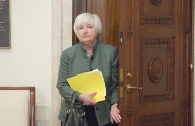 Έτοιμη να ρίξει περισσότερα χρήματα στην οικονομία η Γέλεν