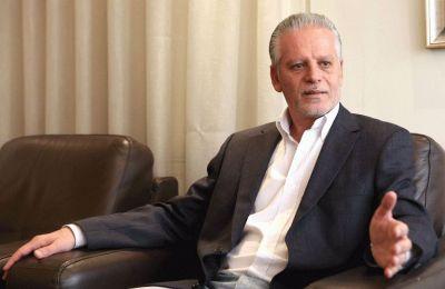 Ο Πρόεδρος της ΕΔΕΚ, Μαρίνος Σιζόπουλος προέβη σε ενημέρωση του Πολιτικού γραφείου γύρω από τις προτάσεις που το κόμμα κατέθεσε στην κυβέρνηση