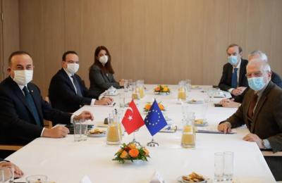 Ευρωπαϊκή Ένωση και Τουρκία ξεκίνησαν θετικά το νέο έτος, ανέφερε ο επικεφαλής της ευρωπαϊκής διπλωματίας, Ζοζέπ Μπορέλ, υποδεχόμενος τον Μεβλούτ Τσαβούσογλου στις Βρυξέλλες