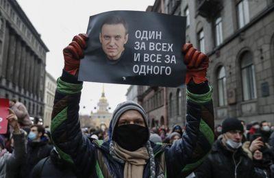 Πάνω από 2.000 οι συλλήψεις στις διαδηλώσεις υπέρ Ναβάλνι
