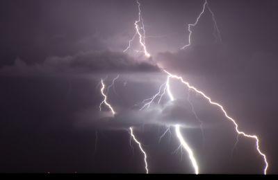 Σε επιφυλακή για έκδοση προειδοποιήσεων για βροχές και καταιγίδες η Μετεωρολογική Υπηρεσία - Φωτο: Φίλιππος Χρήστου