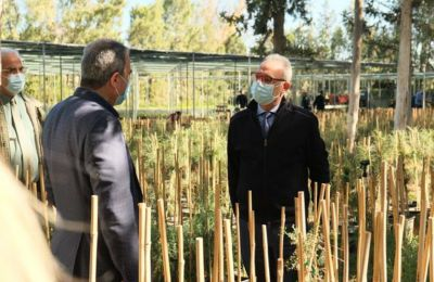 Ο πρόεδρος του ΔΥΣΗ, Αβέρωφ Νεοφύτου, κατά την επίσκεψή του στο Τμήμα Δασών