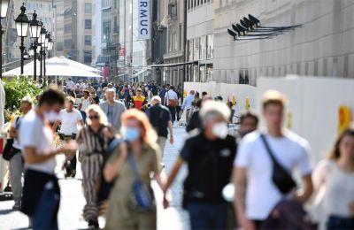 Σύμφωνα με έρευνα του Ινστιτούτου Εμπορικών Ερευνών της Κολωνίας EHI το 2020 πληρώθηκαν με μετρητά ένα δισεκατομμύριο αγορές λιγότερες από ότι την προπερασμένη χρονιά.