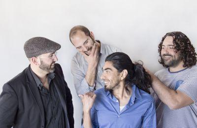 Οι έξι μουσικοί - τέσσερεις Κύπριοι, ένας Χιλιανός και ένας Κουβανός - με έντονη σκηνική παρουσία και επικοινωνιακό χαρακτήρα, είναι έτοιμοι να μας παρασύρουν στους ξεσηκωτικούς τους ρυθμούς