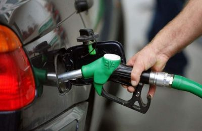 Συνεχίζεται η πτωτική πορεία στις πωλήσεις πετρελαιοειδών λόγω Covid