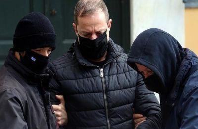 Ο Δημήτρης Λιγνάδης οδηγήθηκε στις φυλακές της Τρίπολης.