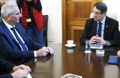 Συνεχίζεται η πολιτική διαμάχη Κυβέρνησης - ΑΚΕΛ για τα μέτρα κορωνοϊού