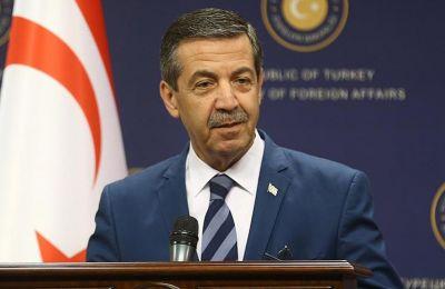 Ο Ταχσίν Ερτουγρούογλου, ο οποίος είναι γνωστός με την εθνικιστική ρητορική του στο Κυπριακό, παρουσίασε ως επιτακτική ανάγκη την αλλαγή του «πολιτεύματος» της «ΤΔΒΚ»
