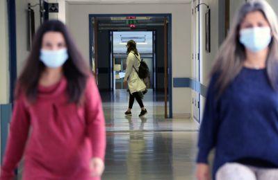 Στο σχέδιο του ΟΚΥπΥ περιλαμβάνεται επακριβώς ότι οι κλίνες θα αναπτυχθούν σε κάθε νοσηλευτήριο και τι προσωπικό θα στελεχώνει τα τμήματα