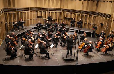 Η γεμάτη χιούμορ και ζωντάνια Δεύτερη Συμφωνία είναι ένα από τα πιο ενεργητικά, χαρούμενα και εξωστρεφή έργα του Beethoven