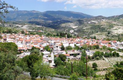 Πανοραμική άποψη του χωριού Όμοδος της επαρχίας Λεμεσού
