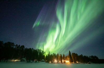 Όταν τα χρώματα «χορεύουν» στο φινλανδικό ουρανό