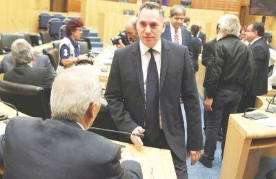 Κυβέρνηση: Ο Πρόεδρος του ΔΗΚΟ ξεπέρασε κάθε όριο πολιτικής ηθικής