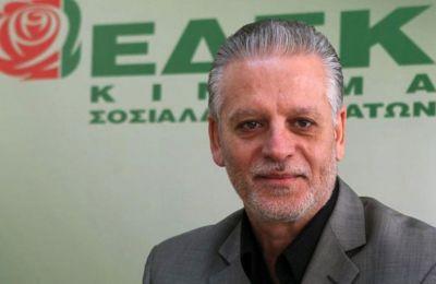 Σιζόπουλος σε Σπέχαρ: Αντίθετη με σύγκληση πενταμερούς η ΕΔΕΚ