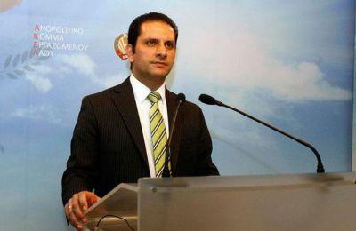 Σε γραπτή του δήλωση ο Βουλευτής του ΑΚΕΛ Άριστος Δαμιανού, αναφέρει ότι ο Πρόεδρος υπεκφεύγει και εμφανίζεται να έχει επιλεκτική γνώση και μνήμη.