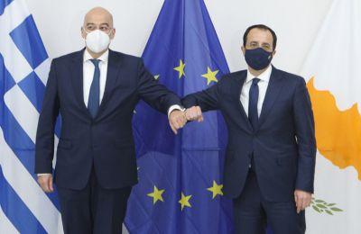 ΥΠΕΞ: Απόλυτη συνεργασία και συντονισμός με Αθήνα ενόψει πενταμερούς