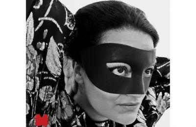Η Eleni Era μετά τον «Rise Love», το 2019, τον πρώτο της δίσκο, στις 31 Μαρτίου κυκλοφορεί τη δεύτερη ολοκληρωμένη δουλειά της με τίτλο «Younger Heart». (Filep Motwary)