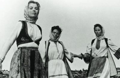 Οι Σουλιώτισσες ξεκινούν τον ύστατο χορό