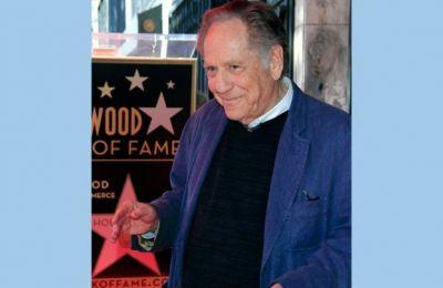 Πρωταγωνίστησε σε ταινίες θρυλικών σκηνοθετών, όπως του Στάνλεϊ Κράμερ (Ship of Fools, 1965), ή του Σίντνι Λιούμετ (Bye Bye Braverman, 1968)
