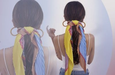 Ένα κομμάτι που έγινε σήμα κατατεθέν στην ανοιξιάτικη εμφάνιση πολλών κοριτσιών της μόδας, είναι χωρίς αμφιβολία το μαντίλι στα μαλλιά, ειδικά όταν αυτό έχει έντονα χρώματα και prints