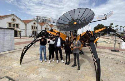Φωτογραφία από την πλατεία Ευρώπης στις Φοινικούδες στη Λάρνακα με το «ASTRO 1»