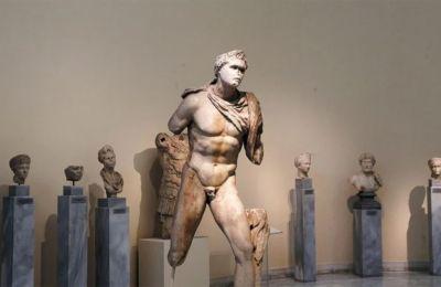 Εκθέματα από το Εθνικό Αρχαιολογικό Μουσείο (φωτ. Ιntimenews)