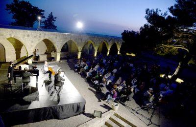 Το Φεστιβάλ ολοκληρώθηκε στις 5 Ιουνίου, με μία συναυλία με τον θρυλικό τσελίστα Mischa Maisky, την πιανίστρια Lily Maisky και τον βιολονίστα Boris Brovtsyn