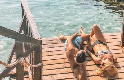 Υπάρχουν κάποιες φωτογραφίες που από το πρώτο δευτερόλεπτο που τις βλέπεις ενεργοποιούνται οι αισθήσεις, τις νιώθεις, νιώθεις το νερό της θάλασσας στο πρόσωπό σου, τον καυτό ήλιο στο δέρμα σου