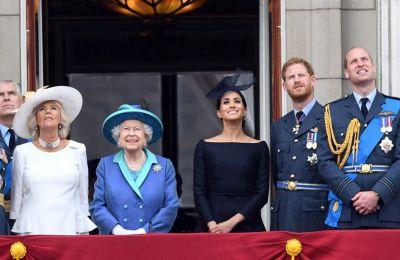 Το νέο διαζύγιο, αφορά τον μεγαλύτερο εγγονό της βασίλισσας Ελισάβετ, Peter Phillips, και τη σύζυγό του Autumn, με τις τελικές υπογραφές να «πέφτουν» αυτή την εβδομάδα