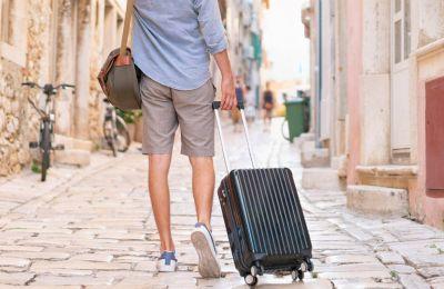 Η περίοδος του Δεκαπενταύγουστου κτύπησε κόκκινο, όσον αφορά τις κρατήσεις των Κυπρίων στα ξενοδοχεία.