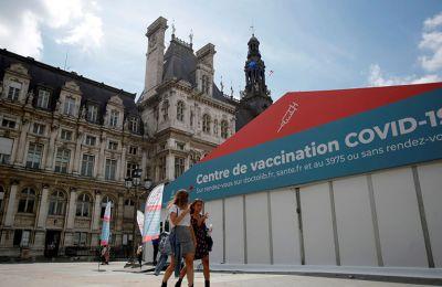 Γαλλία: Συνταγματικός ο υποχρεωτικός εμβολιασμός και το πάσο υγείας
