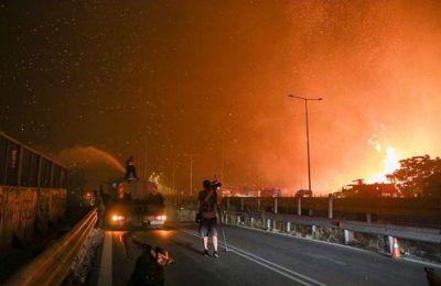 Ύστατη μάχη στην Εθνική Οδό – Eντολή εκκένωσης για Αγ. Στέφανο, Καπανδρίτι, Πολυδένδρι