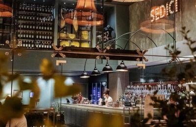 20+1 bar restaurants για χαλαρές εξόδους