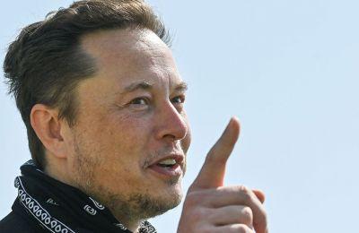 Έλον Μασκ: Η Tesla ετοιμάζει ανθρωποειδές ρομπότ