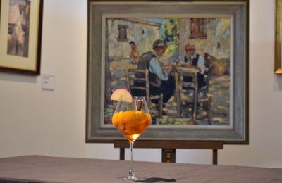 Η Λεβέντειος Πινακοθήκη προσφέρει  πρόσβαση στην τέχνη σε όλους, με τη βοήθεια της τεχνολογίας, προσφέροντας παράλληλα την ευκαιρία να απολαύσουν ένα γευστικό και απολαυστικό ποτό