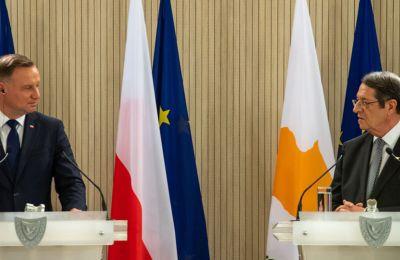 Πρόεδρος Πολωνίας: Τα ψηφίσματα ΟΗΕ δείχνουν την «κατάλληλη λύση» Κυπριακού