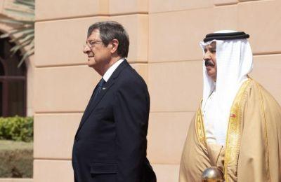 Σάρκα και οστά παίρνει η συμφωνία με Μπαχρέιν για κατάργηση θεωρήσεων διαβατηρίων