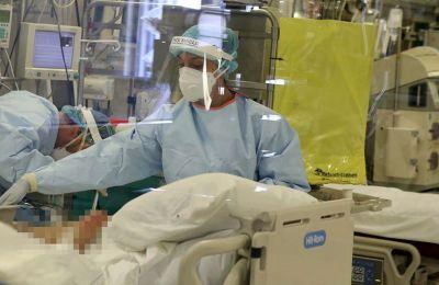 153 νέα κρούσματα, 60 ασθενείς νοσηλεύονται