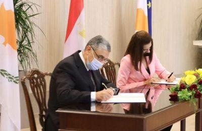 Υπογράφηκε το μνημόνιο για την ηλεκτρική διασύνδεση Κύπρου – Αιγύπτου