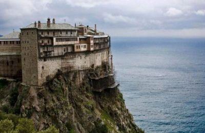 Άγιο Όρος: Βρέθηκαν σώοι οι δύο προσκυνητές