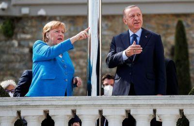 Μέρκελ σε Ερντογάν: Οι σχέσεις Άγκυρας-Βερολίνου θα συνεχιστούν με τις καλές και τις κακές πλευρές τους