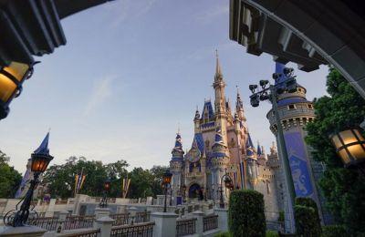 Γιατί μια βόλτα στη Disney World είναι «εφιάλτης» για την τσέπη του γονέα